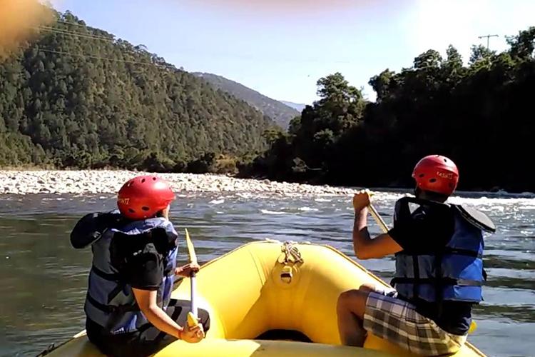 river raftig.jpg