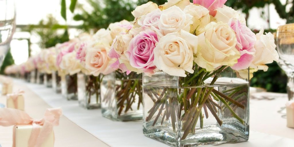 Trending: Wedding Flower Arrangement Style For 2018