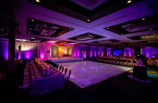 Amazing Dance Floors That Light up the Wedding