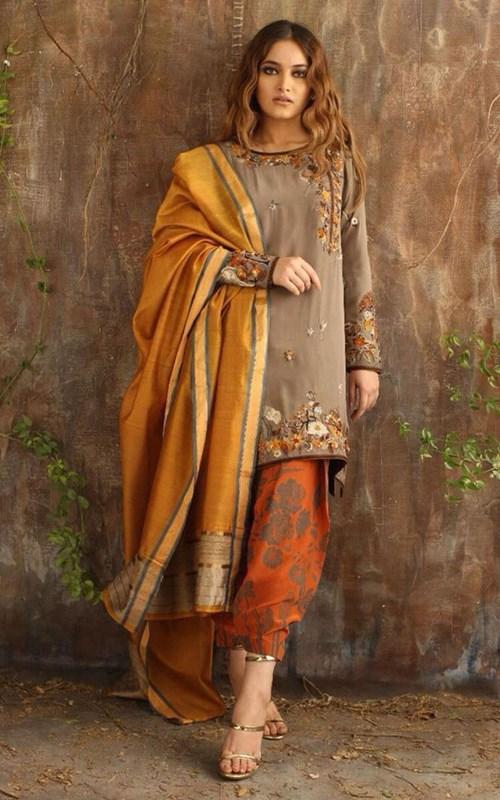 Crepe Silk Shirt and Shalwar by Nida Azwer – Rs. 89,500