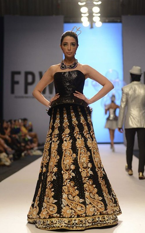 Black Embroidered Lehnga by Nomi Ansari