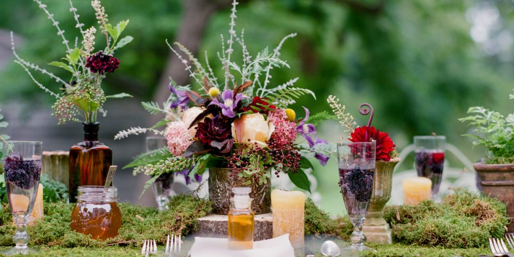 How To Incorporate Potted Plants Into Your Wedding?