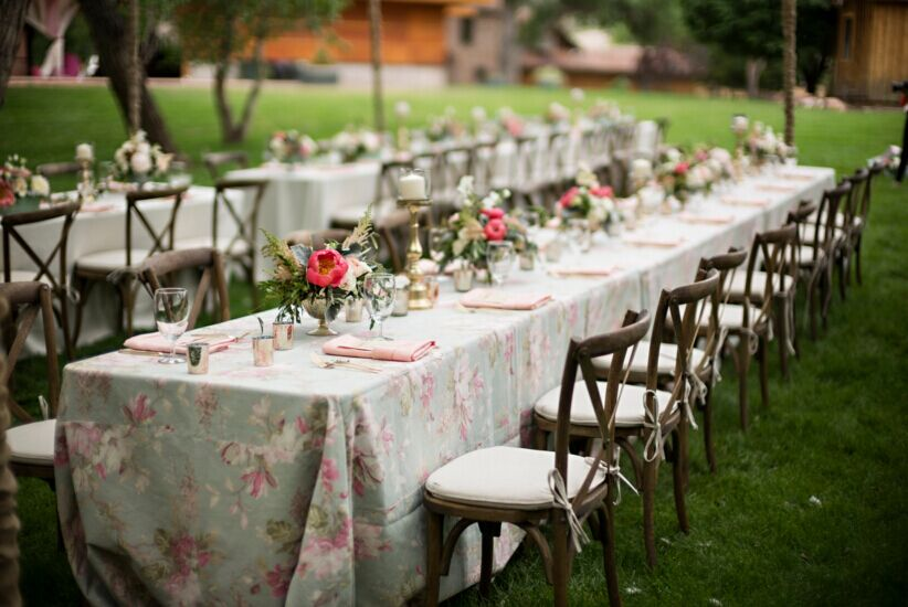 Round Tables Vs Square Tables For Your Wedding?