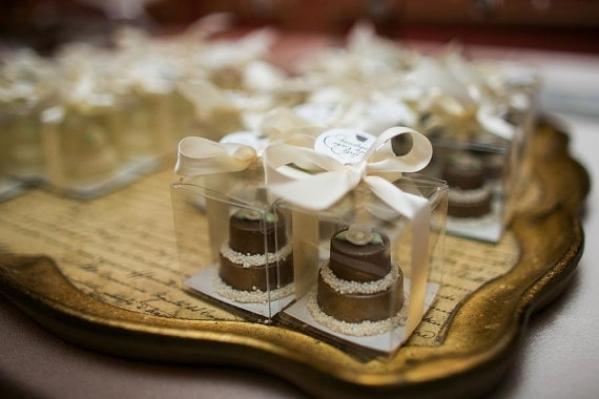 chocolate for wedding (8).jpg