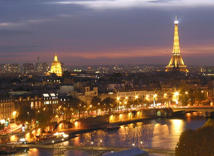 2.City Honeymoon