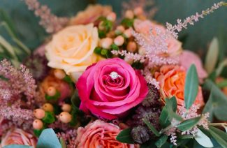 Nine Types of Flowers You Should Add in Your Wedding Decor