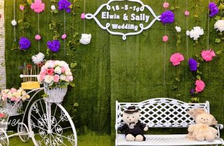 Fresh & Fabulous Photo Booth Ideas You Can Go for This Wedding Season