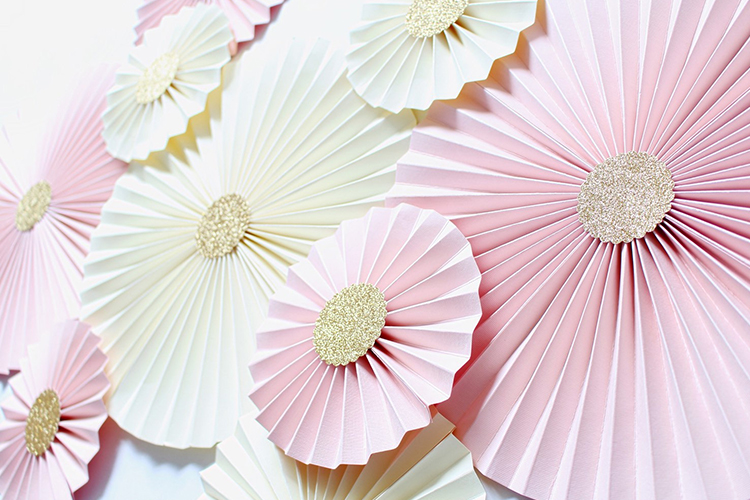 10.	Pinwheel Backdrop: