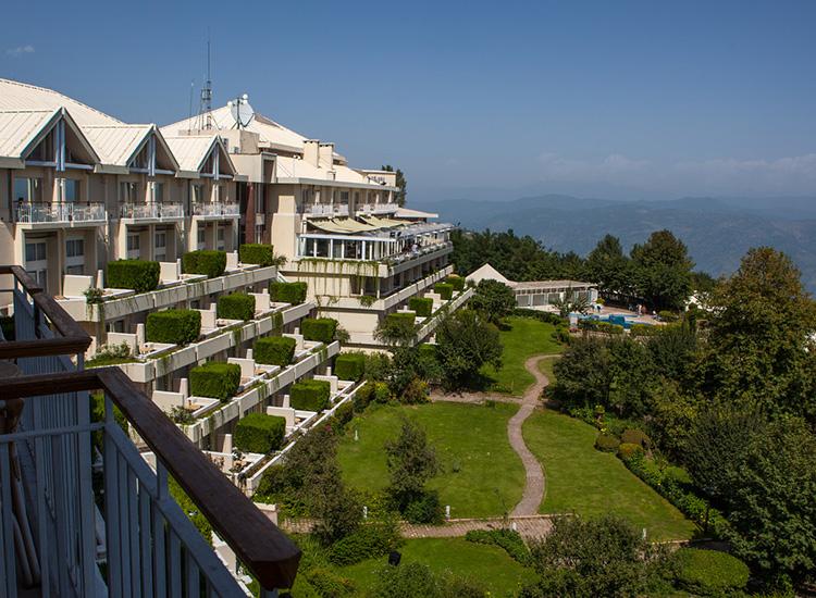 5.Resort Honeymoon