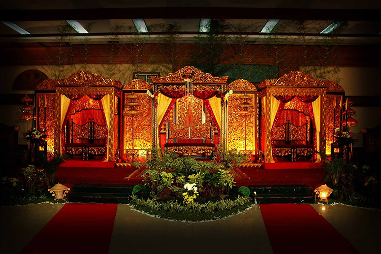royal mughal weddings.jpg