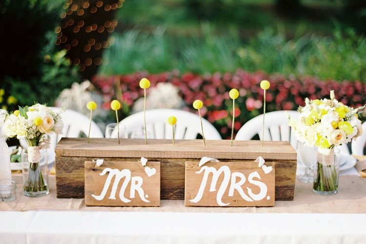 table for bride and groom 2.jpg (1)