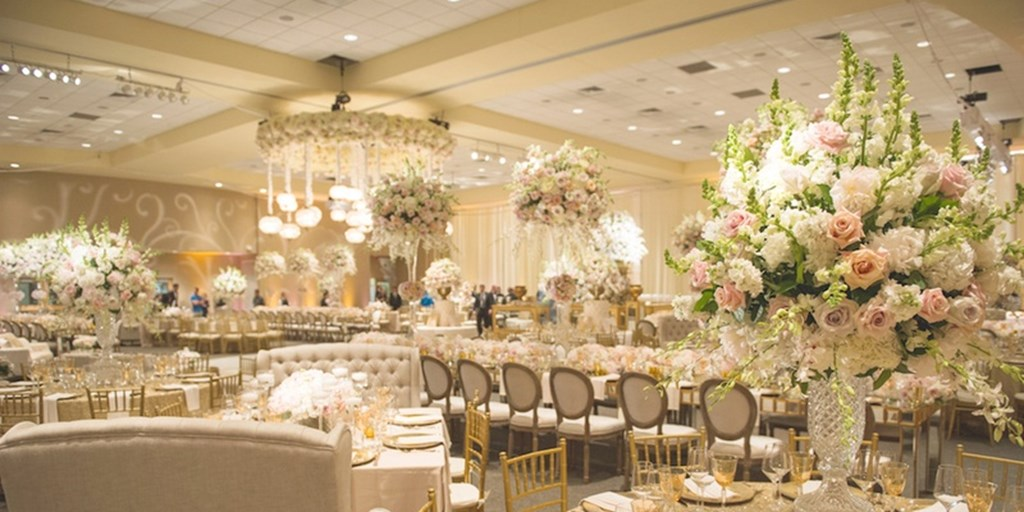 6 Colors We're Absolutely Loving In Wedding Décor Right Now!