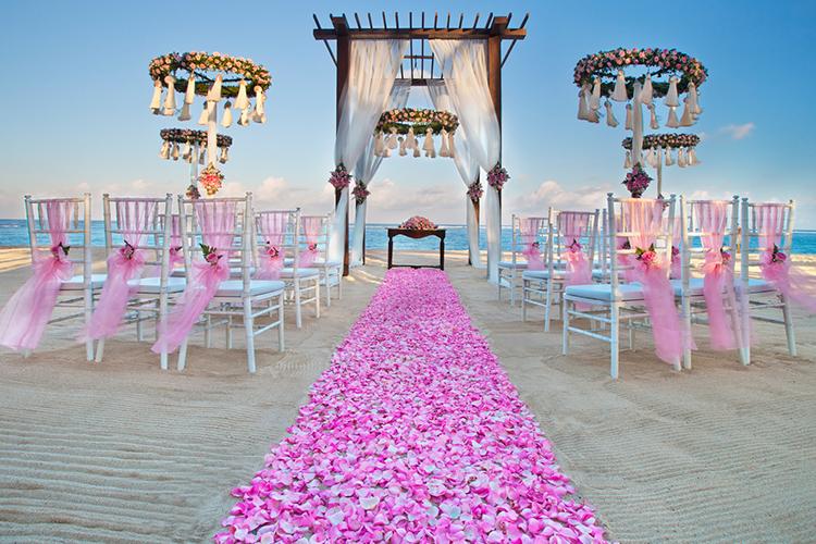 wedding coordinator.jpg (1)