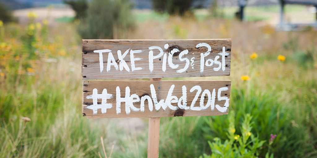 Creative Ways to Incorporate Your Wedding Hashtag into Your Décor