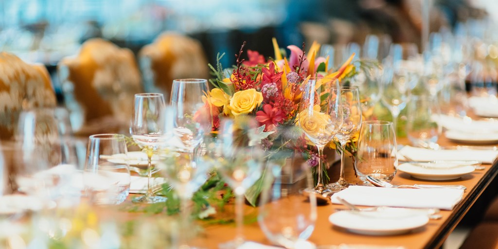 How To Decorate Your Wedding Tables When You're On A Budget