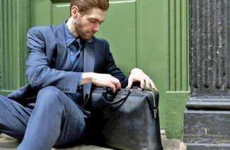 10 Corporate Style Man Bags To Buy For Your Husband's Birthday