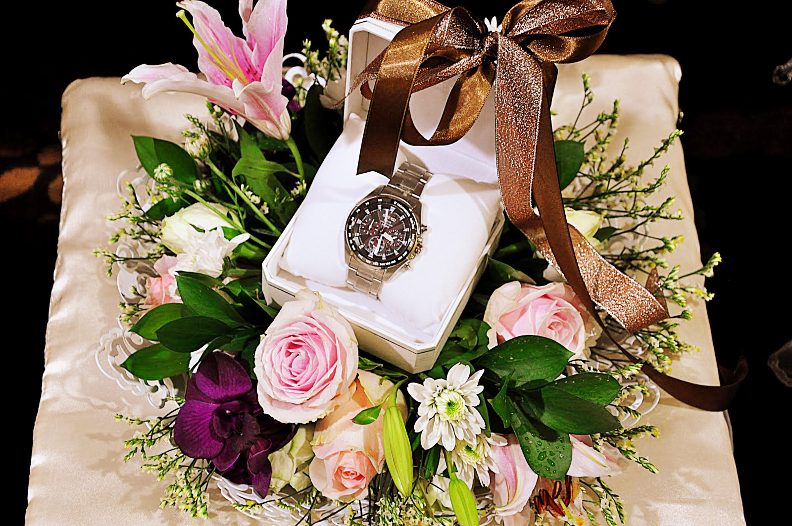 How To Choose The Perfect Watch For Your Groom