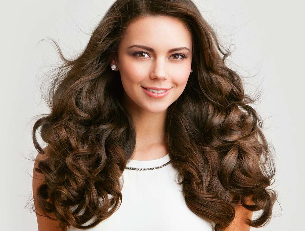 8 Amazing Home Remedies for Voluminous Hair