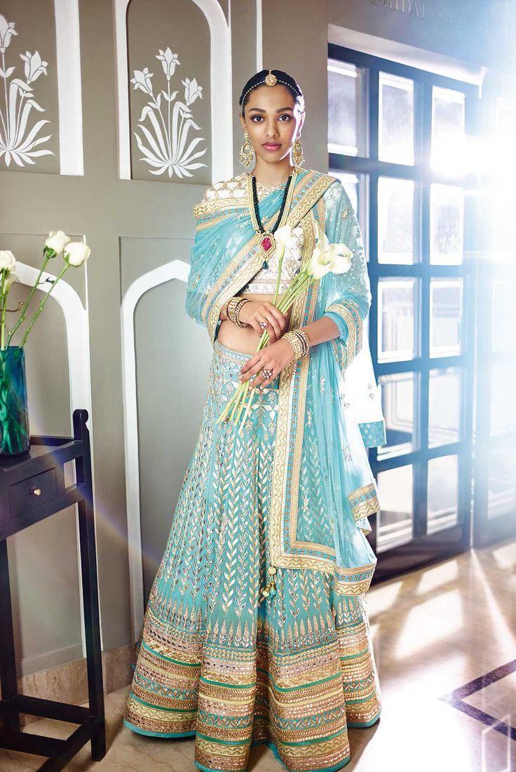 6f89ef6275e293b1f8b32b18143aba2d--wedding-outfits-wedding-attire.jpg