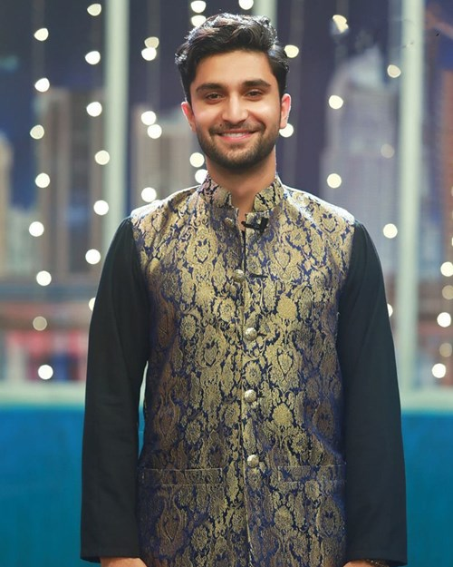 Our desi boy knows how to bring out his desi-ness!