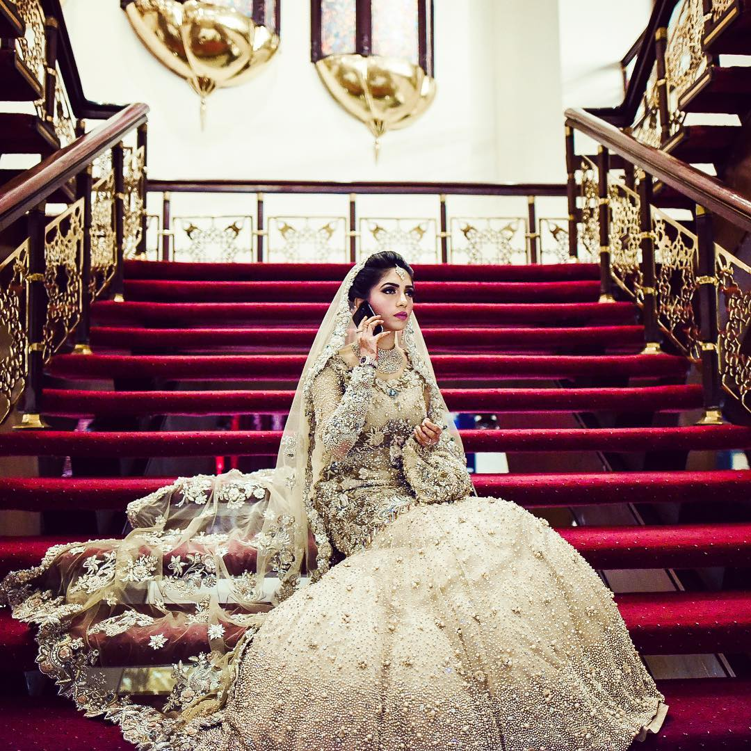 6 Lehenga Colors We All Are Crushing On