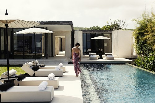 3.	Alila Villas Uluwatu, Indonesia