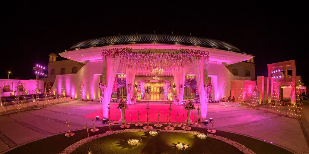 Farmhouse Venues In Lahore For Your Shendi!