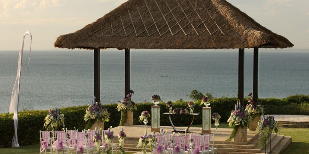 Weddings Around the World: 10 Unbelievably Affordable Wedding Destinations in the World