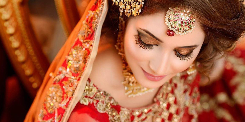 20 Makeup Looks to Bookmark for Your Baraat