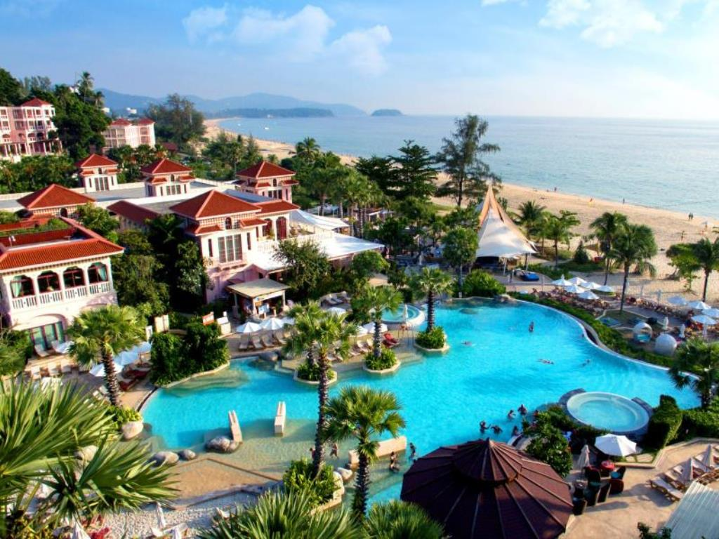 1.	Centara Grand Beach Resort