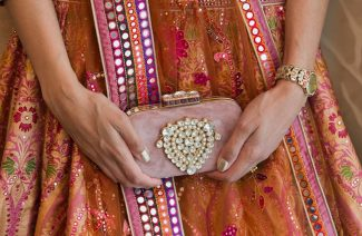 5 Types Of Stunning Bridal Clutches To Choose From For Your Wedding Day