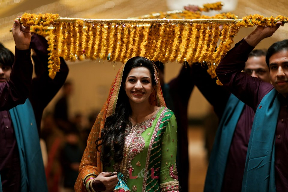 8.	Dupatta for Bride Entrance