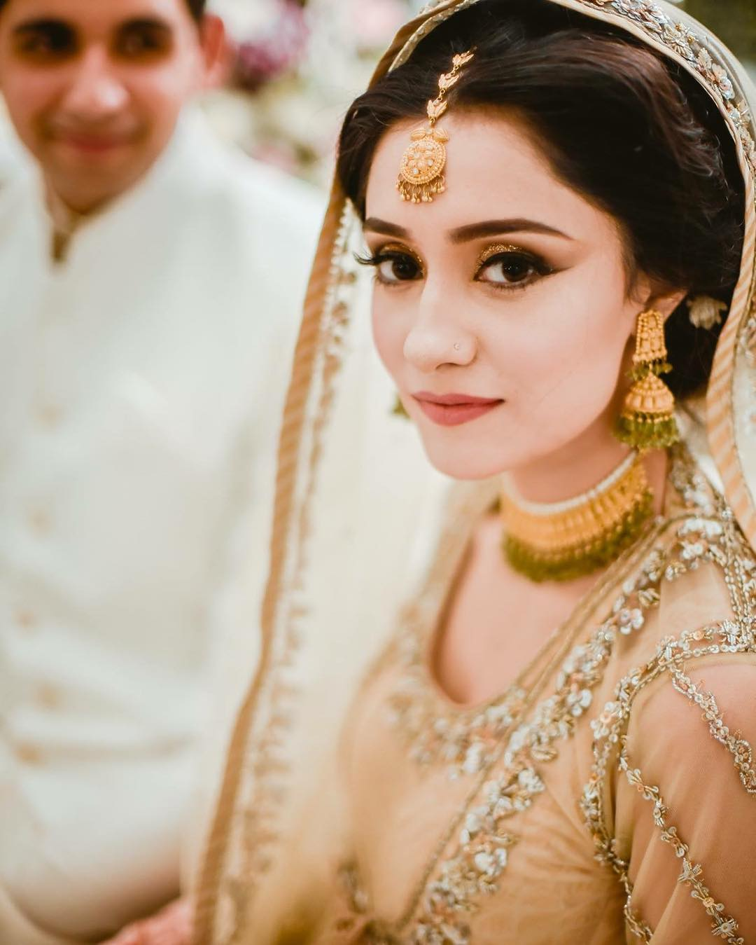 How To Fake Full Brows On Your Wedding