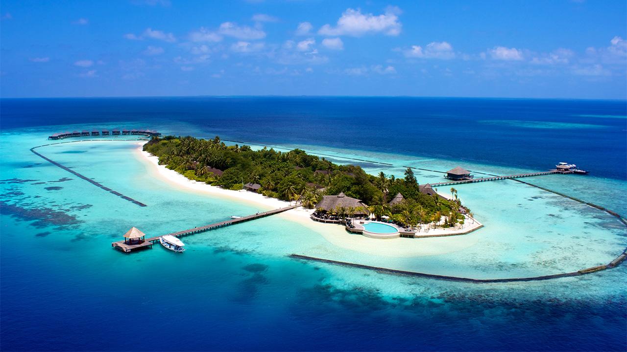 2.Fiji: