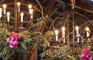 22 Gorgeous Floral Chandeliers For Wedding Décor