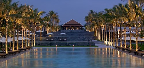 8.	Four Seasons Resort The Nam Hai, Veitnam