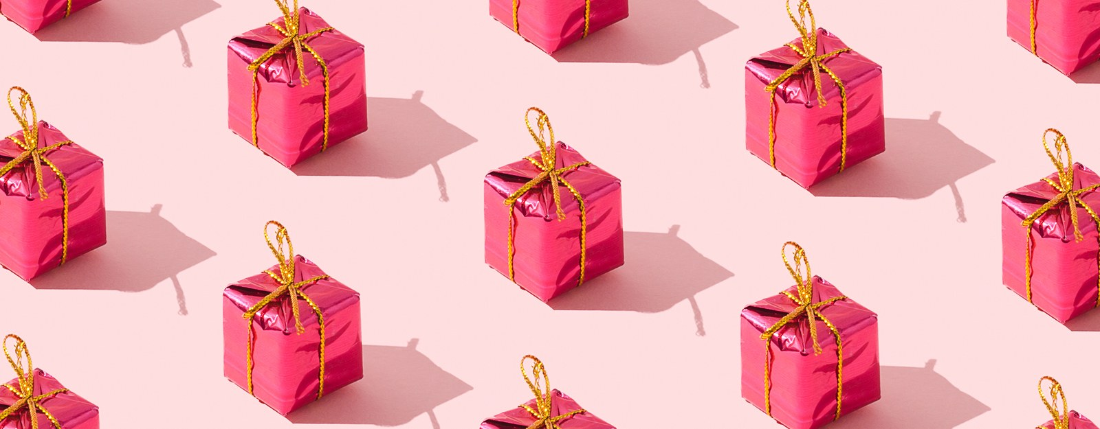 10 Bridal Party Gifts To Buy For Your Bride-To-Be Friend