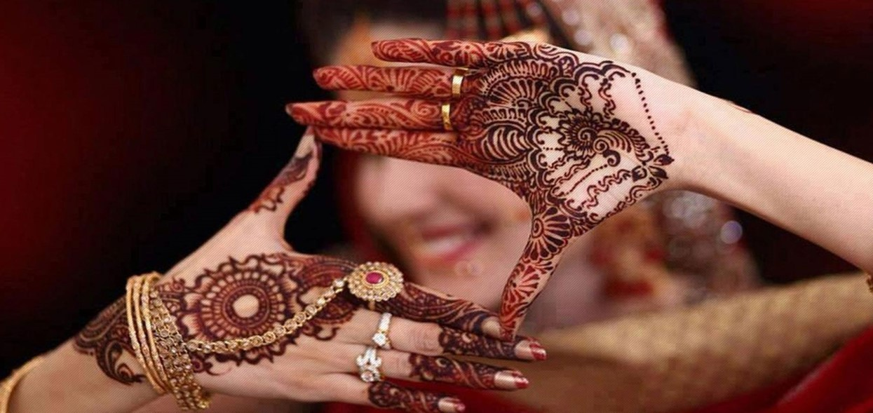 26 Henna Designs That Will Bloom Your Wedding Day!