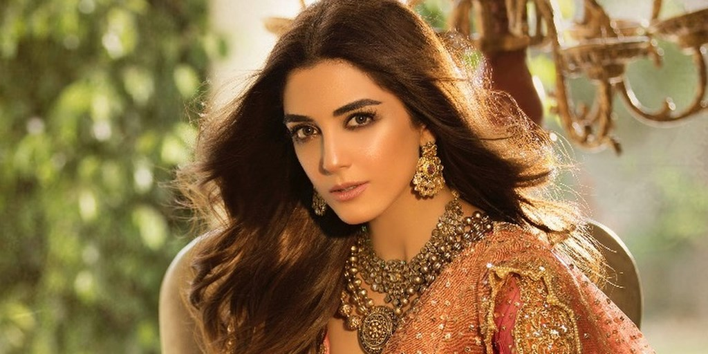 Maya Ali Steals Hearts In Nomi Ansari's 'Qubool Hai' Bridal Collection