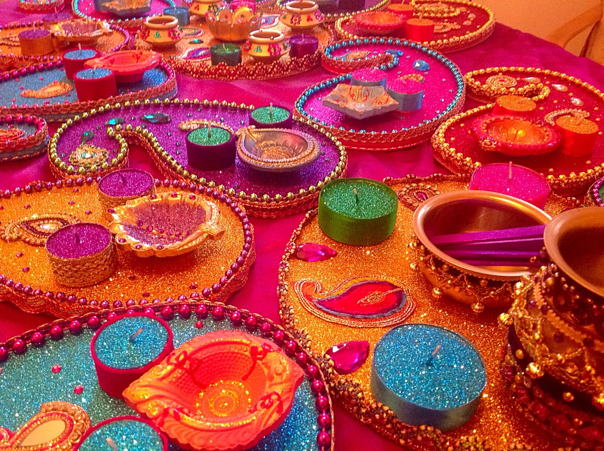 2.	Mehendi Tray and Lamps