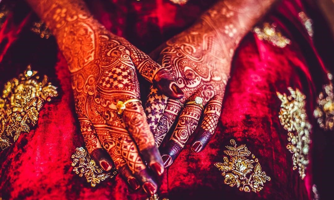Fabulous Mehndi Designs For The Bride To Be!