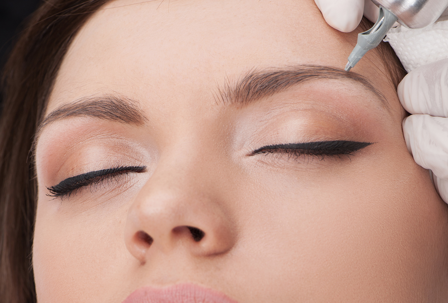 Trending: Microblading For Your Perfectly Shaped Eyebrows