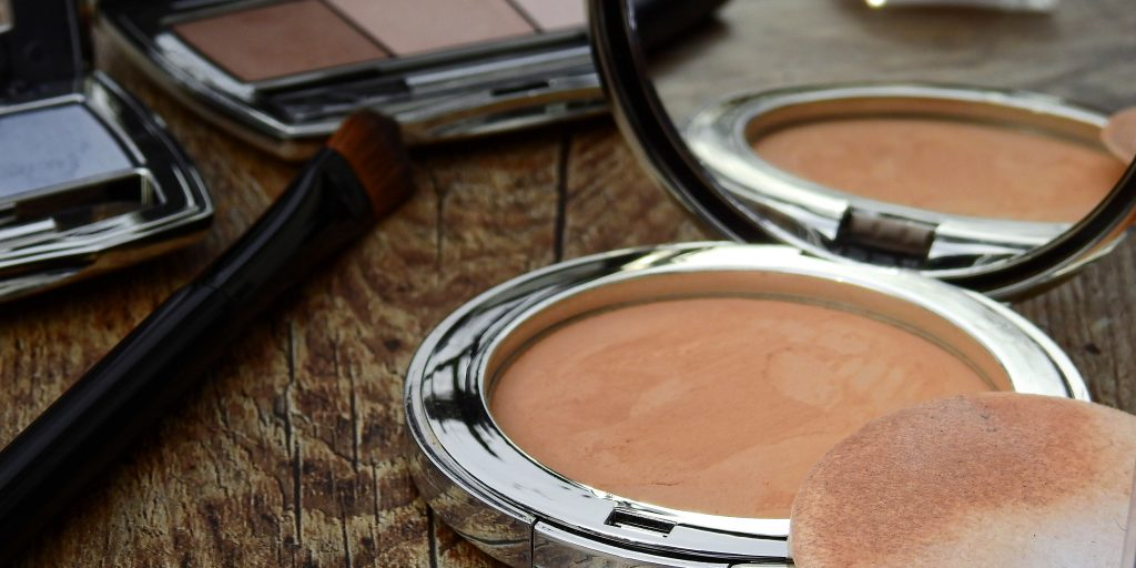 Top 7 Mineral Foundations That Will Work For Your Skin