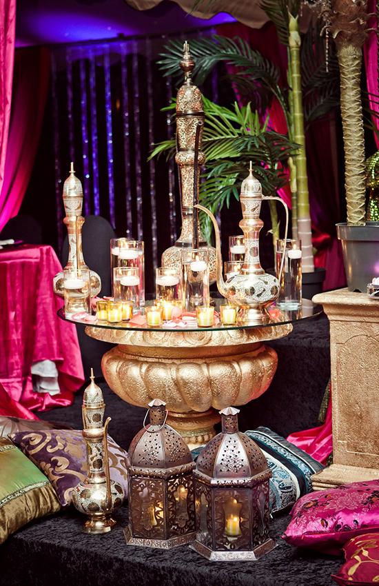 8.Moroccan Teapots