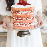 15 Beautiful Naked Wedding Cakes