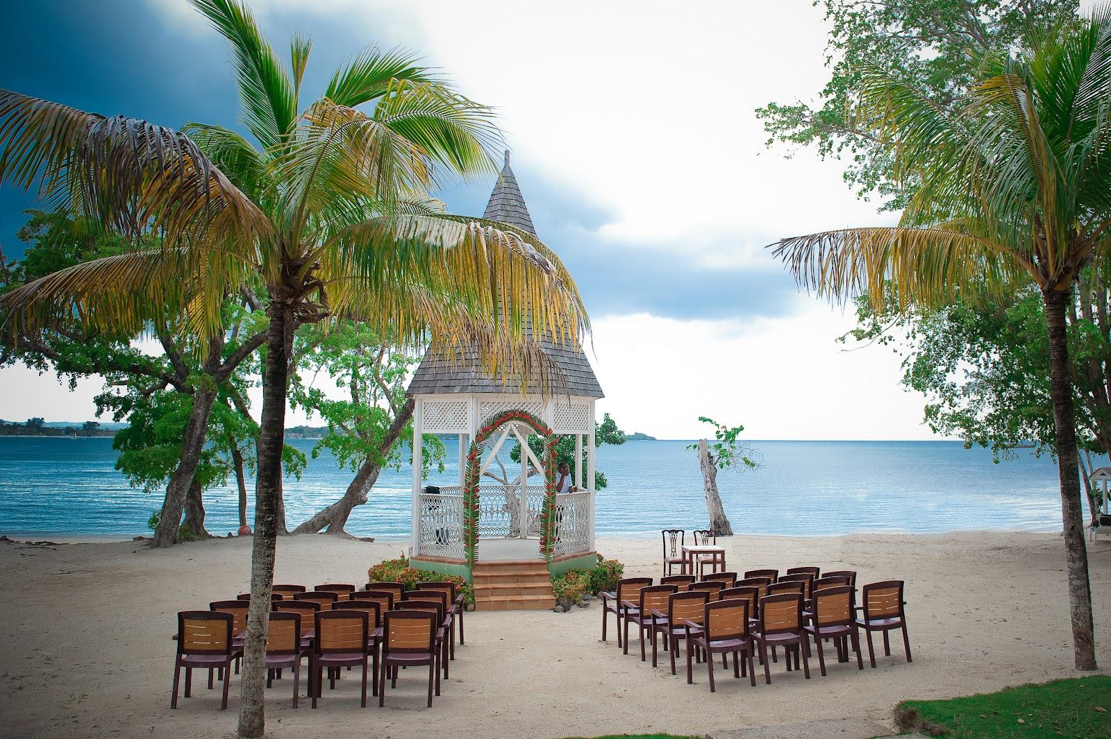 6.Negril, Jamaica