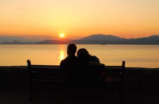 Tips to Plan Your Honeymoon the Right Way