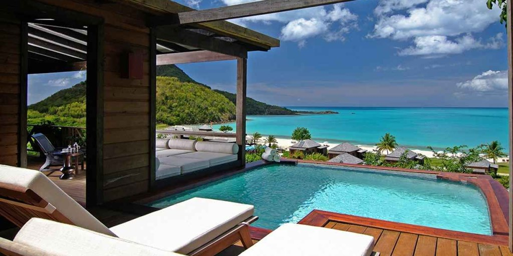 10 Honeymoon resorts in Asia with private plunge pools