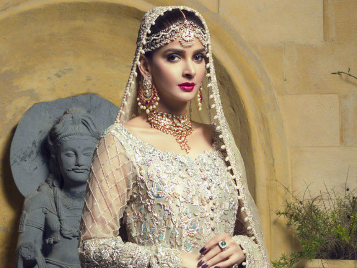Saba Qamar And Her Ferociously Stunning Looks