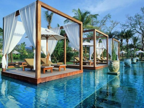 4.	The Sarojin, Thailand